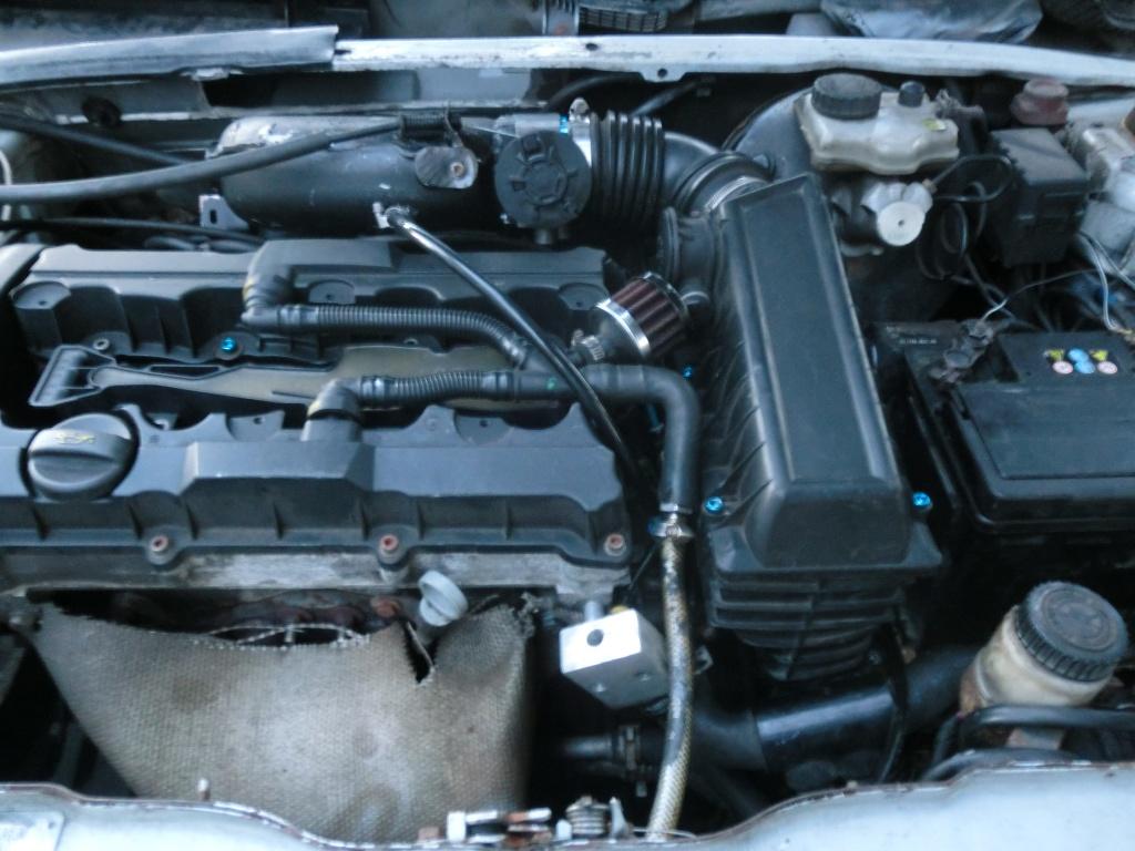 Peugeot 106 S16 im Alltagssetup mit 60mm Drosselklappe