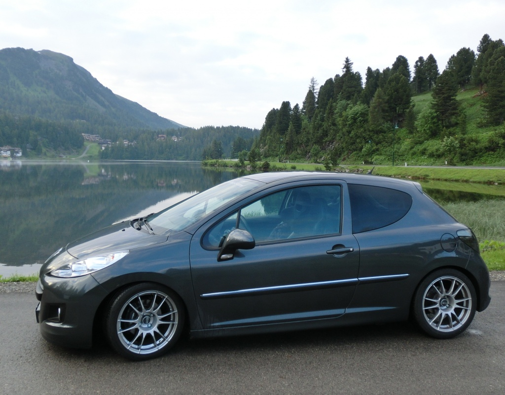 Der Peugeot 207 THP in den Alpen